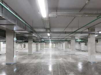 Подземный паркинг на 359 мест